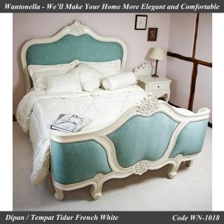 Tempat Tidur Ukiran Jepara Cat Putih