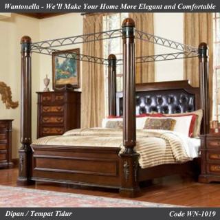 Tempat Tidur Model Kanopi Ukiran